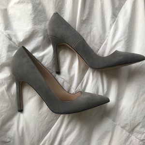 GREY SUEDE PUMPS NEVER WORN FROM SHOEMINT SIZE 10